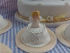 Cupcakes decorados con  angelito  ideales para  bautizo y primera  comunion (PaulitasArteyAzucar) Tags: cupcakes paulitas ponques