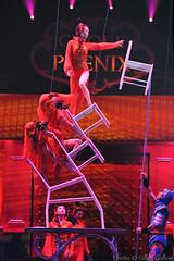 La lgende de Mulan (Gilles Gallois) Tags: clown backstage tours cirque cirquedusoleil chine auguste artistes piste spectacle jongleur acrobates pkin cirquepinder chapiteau dompteur massue cirquedepkin acrobaties cerceaux trompoline matchinois festivalmondialducirquededemain cirquephnix artistesducirque lalgendedemulan photographegillesgallois gensduspectacle