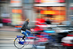 ...pannning in ammsterdam (Be gemot) Tags: netherlands amsterdam bike biker panning interno7