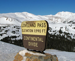 Continental Divide (Colorado Sands) Tags: winter usa snow signs sign america us colorado unitedstates snowy hiver sneeuw signage northamerica invierno rockymountains amerika treeline frontrange inverno sn lovelandpass sn continentaldivide mountainpass highaltitude highest sno timberline northamerican greatdivide route6 highelevation sandraleidholdt atlanticpacific leidholdt sandyleidholdt 3655meters saljunya