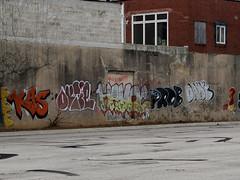 """Big & Ugly"" (damonabnormal) Tags: street city streetart philadelphia graffiti fuji jan january streetphotography pa sicks spraypaint philly graff piece phl 2012 dank kas x10 havoc prob urbanite outie fijinon fujix10 urbvanart"