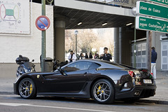 Cristiano at home. (Raul Salinas) Tags: madrid santiago espaa black car yellow canon de photography eos amazing spain ferrari salinas exotic coche raul 17 gto expensive limited edition 85 ronaldo supercar cristiano bernabeu 599 eor cr7 40d cr9 autogespot