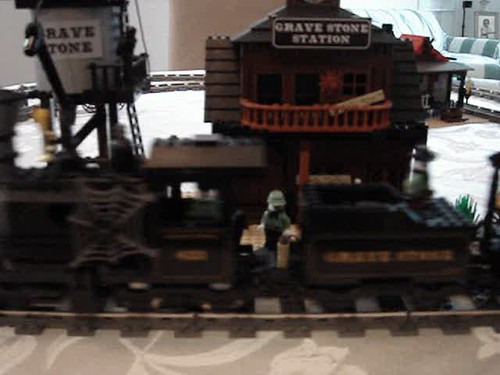 grave stone ghost train video - Lego Halloween Train