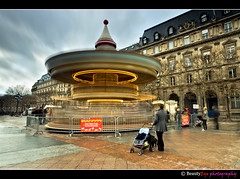 Paris - Hotel de ville de Paris (Beauty Eye) Tags: city longexposure paris france eye tower clouds standing canon french landscape eos rebel lights waiting europe long exposure day hoteldeville outdoor spin spinning tamron funfair fr t3i europen ultrawideangle f3545 600d  leurope deparis freanch  paris beautyeye 1024mm  canon600d eneurope  tamronspaf1024mmf3545diiild rebelt3i diiild canon600deos tamronspaf1024mmf3545d