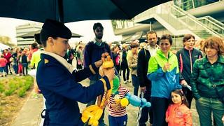 ballonvouwen stewardess eindhoven airport 2 2014
