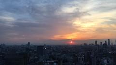 2ヶ月ぶりの文京シビックセンター。 (ishizima) Tags: city sunset sky cloud sun japan buildings tokyo timelapse 文京シビックセンター展望ラウンジ