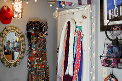 DIY Holder (Acquiring the Taste) Tags: display earrings tutorial necklaces dif