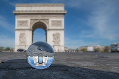 (thierry.ebener) Tags: paris arcdetriomphe crystalball glassball bouledeverre