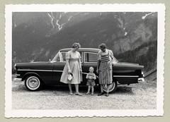 Opel Rekord P1 (Raymondx1) Tags: family white black classic cars car vintage photography photo whitewalls automobile foto dress grandmother mother son apron cap sw motor lederhosen generations granny opel opelrekord whitewalltyres blackwhite whitesidewalltires
