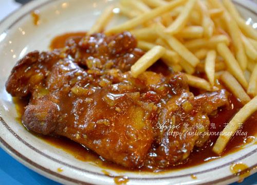 01_公雞葡國餐廳007.jpg