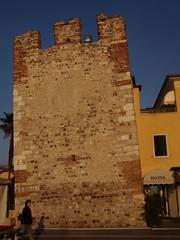Bardolino - torre pendente (Pivari.com) Tags: torrependente bardolino