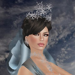 Tres Beau gift at Mimi's (mimi.juneau *Mimi's Choice*) Tags: fashion snowflakes necklace free secondlife gift crown earrings jewels tresbeau mimijuneau mimischoice kimmeramadison