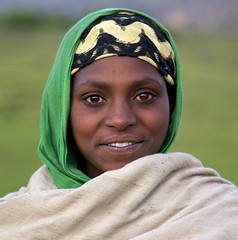 Ethiopian girl - Simien Mountains (Samen tarara), Ethiopia (Alex_Saurel) Tags: africa trip travel portrait woman black nature girl beautiful beauty female montagne african femme culture traditions naturallight tribal portraiture ethiopia tribe abyssinian ethnic fille montain indigenous tourisme afrique ethnology tribu ethiopian etiopia beaute abyssinia mignonne portray ethiopie simien traditionalclothes ethnique abyssinie abisinia etiopija habesistan ethnie  etiopien  abissinia  abessinien etiyopya     lumierenaturelle    85mmf28sam athiopien ethiopie etiopia etiopia     indigene