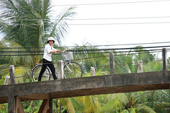 Strolling Home (Chikit Yeung) Tags: life travel people canon river eos delta vietnam chi ho minh saigon mekong 40d