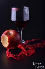 Luxria - 09/09 (Letcia Nocera) Tags: cinta leticia vinho copo luxuria maa liga nocera
