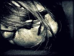 5 minuten am sonntag (emie*) Tags: sleeping portrait bw woman white selfportrait black eye girl hair blackwhite moi blond sw monochrom augen frau makro ich selbstportrait nase mdchen haar selbstportrt blondhair schwarzweis potrt myselfe 5minuten