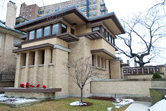 Emil Bach House (reallyboring) Tags: house chicago illinois unitedstates il franklloydwright bach wright 1915 flw rogerspark nrhp emilbachhouse 79000821