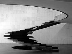 P1050869 (Claudio Marcon) Tags: brazil blackandwhite bw white black brasil stairs blackwhite noiretblanc nb escaleras escadas absolutearchitecture top20blackandwhite mouseion claudiomarcon