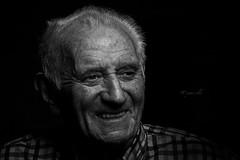 90 years old (erkua) Tags: old cactus portrait home canon studio retrato flash sigma estudio years 90 años v5 2470mm casero speedlite strobist 60d phottix 430exii