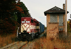 No More Diamond (view2share) Tags: 2001 railroad autumn fall wisconsin train october track branch rr trains wc transportation local wi geep switching wisconsincentral october2001 emd wcl ricelake gp30 branchline october42001 barronsub wc711