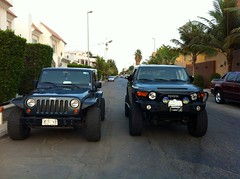 Jeep vs Fj (shine_on) Tags: truck lift desert jeep 4x4 arabia toyota fj landcruiser blazer cruiser  lifted fj40 fjcruiser    bahra