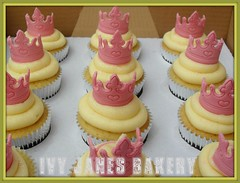 PRINCESS CROWN CUPCAKES (Ivy Jane's Bakery) Tags: birthday christmas girls stars cupcakes princess buttons sweets sweeties crowns