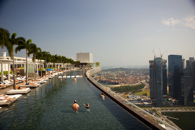 Infinity Pool at MARINA BAY SANDS HOTEL - Singapore-5799