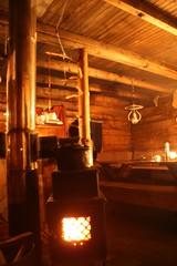 Holmsåkoia på innsiden (Kjetil Lier Svendsen // Thanks for 300,000 views!) Tags: norway norge fireplace norwegen noruega ntnu hytte ovn trøndelag vedovn ntnui holmsåkoia trehytte thisisnorway thisisnorwaycouk