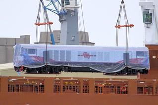 *Explore* CSR005 Being Unloaded IH 29 berth 04 02 2012