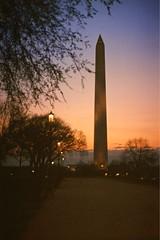 Washington Monument Sunset (Non Paratus) Tags: trees sky film washingtondc sunsets slide transparency scanned canonae1 washingtonmonument themall eastman5247