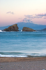 Mt Fuji on a twin-rocks [Explore] (-TommyTsutsui- [nextBlessing]) Tags: blue winter sea sky seascape beach nature rock japan clouds landscape nikon waves fuji purple dusk tide scenic         izu   matsuzaki    nikkor70300  onsalegettyimages