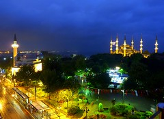 Istanbul at night (Frans.Sellies) Tags: turkey trkiye istanbul mosque turquie trkei bluemosque turkije turquia sultanahmet mosque turchia  moskee turkei moschee      p1380335