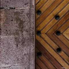 Texturas de Coyoacan (Half & Half 52 Weeks Project) (Manuel Alejandro - Pasin Fotografica) Tags: street wood urban abstract texture textura canon project eos madera streetphotography urbanexploration urbana urbano minimalism minimalismo abstracto minimalist halfhalf proyecto urbanphotography minimalista 2016 urbanshot fotografiaurbana 2052 52weeks 32052 exploracinurbana exploracionurbana 52weeksproject eos7d canon7d 52semanas aficionadosalafotografia mitadmitad 52semanasproyecto
