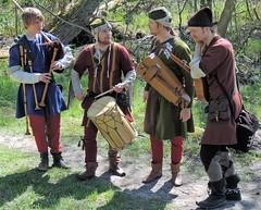 Medeival musicians (bokage) Tags: musician dress sweden viking medeival vallentuna bllsta bokage rundag runeday