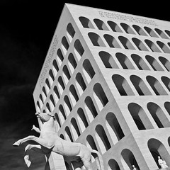 Eur(opa) (Dott. Hydruntum) Tags: bw italy white black rome roma nikon europa italia euro eur architettura fascismo marmo caduta ventennio d40 palazzodellaciviltitaliana