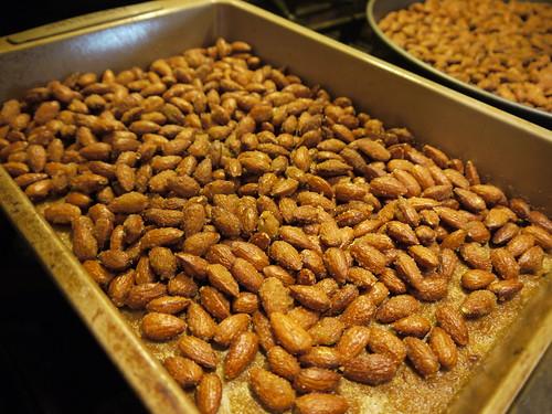 Spicy almonds, © terrabytefarm