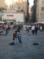 (blurray) Tags: rome roma tourist campo fiori dei guitarplayer musicista