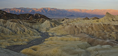 Panamint sunrise (debunix) Tags: panorama dawn desert zabriskiepoint alpenglow deathvalleynationalpark