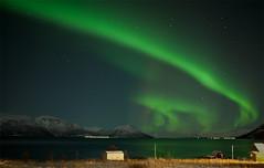 northernshot tromso/Norway (jegeor) Tags: voyage nature canon lumire couleurs vert reflet lumiere 5d paysage nuit reflets couleur northernlights auroraborealis montagnes dcembre tromso norvge 2470 auroreborale 5d2 5dmkii