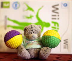 Fit bear (KaterRina) Tags: bear color green yellow toy violet balls fit wiifit oneobject365daysproject pukatukas