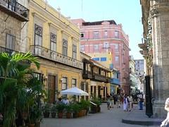 Street in Havana (Cuba 2006) (paularps) Tags: travel holiday nature lumix vakantie flickr cuba culture 2006 panasonic leisure reizen flickrcom destinations vakantiefotos adventuretravel arps paularps