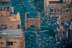 Bahadurabad Chowrangi (Saifuddin Abbas) Tags: road roof top tariq