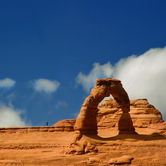 Delicate Arch (Tati@) Tags: usa nature landscape utah rocks day cloudy archesnationalpark delicatearch wildness