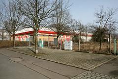 Conrad-Blenkle-Strae, Kaufhalle (schulle54) Tags: berlin berg ruine ddr markt halle gdr prenzlauer schulle conradblenklestrase gloreos