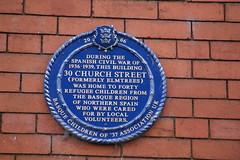 Photo of 30 Church Street and Basque refugee children blue plaque