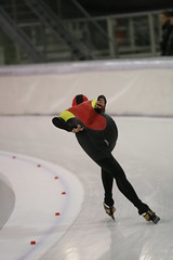 2B5P8180 (rieshug 1) Tags: 500 3000 tilburg 1500 1000 nk juna dames schaatsen speedskating eisschnelllauf junioren nkjunioren ireenwustijsbaan gewestnoordbrabantlimburgzeeland