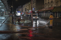 . (Le Cercle Rouge) Tags: france streets water night reflections underground subway eau shadows metro mtro silhouettes march rues reflets montreuil humans ombres nui marcket croixdechavaux ligne9 humains wwwlecerclerougecom