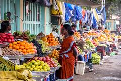 Puducherry (chamorojas) Tags: india market pondicherry fruitmarket 60d puducherry albertorojas chamorojas