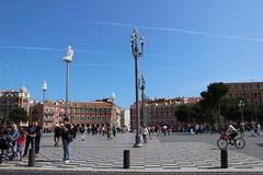 Place Massna, Nice, France (maggielovegood) Tags: france square nice piazza provence francia nizza bycicle massena placemassena