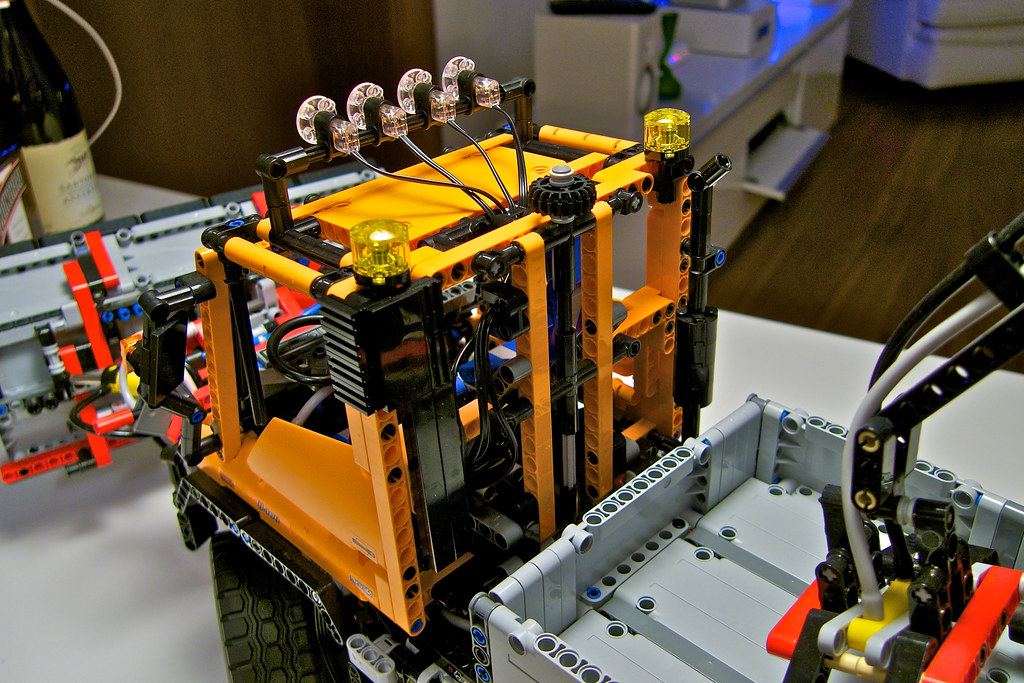 The Worlds Newest Photos Of Moc And U400 Flickr Hive Mind